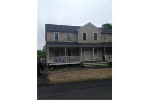 583 Plymouth St, Middleboro, MA 02346