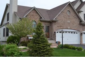 584 Sudbury Cir, Oswego, IL 60543