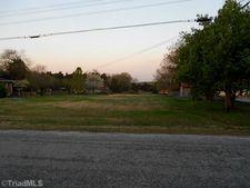 Sunset Dr, Wallburg, NC 27107