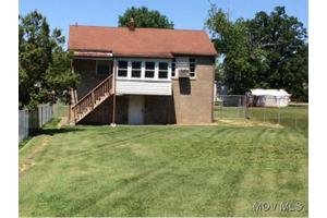 2113 11th Ave, Parkersburg, WV 26101