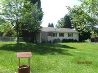 20370 Jupiter Dr, Wellsville, OH 43968