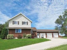 2512 Wisconsin Ave, New Holstein, WI 53061