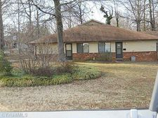1324 S Park Dr, Reidsville, NC 27320