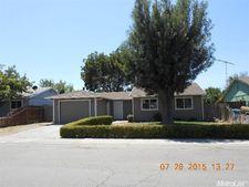 67 Peerless Ave, Arbuckle, CA 95912