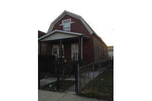 1040 N Kedvale Ave, Chicago, IL 60651