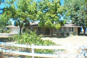 11801 Cresthill Dr, Elk Grove, CA 95624