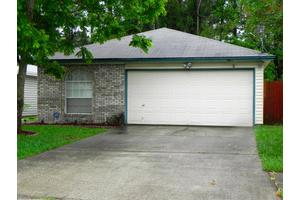 1722 Ashmore Green Dr, Jacksonville, FL 32246