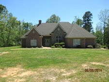 250 County Road 37, Thaxton, MS 38871