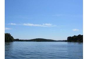 49 Lake Dr S, Call Listing Agent, CT 06812