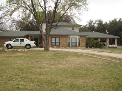 9342 N Valley Dr, San Angelo, TX 76905