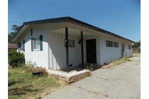 1172 Elm Ave, Beaumont, CA 92223