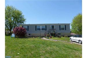823 Old Forge Rd, Oxford, PA 19363
