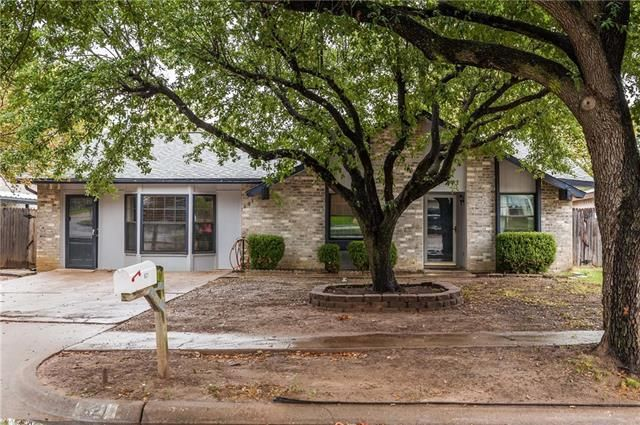 621 hillcrest st mansfield tx 76063 home for sale and real estate listing