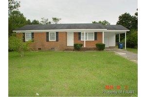 820 Bunce Rd, Fayetteville, NC 28314