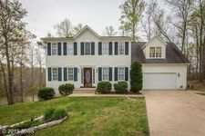 8500 Colfax Dr, King George, VA 22485