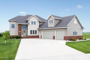 4952 38th ave s fargo nd 58104 recently sold home price