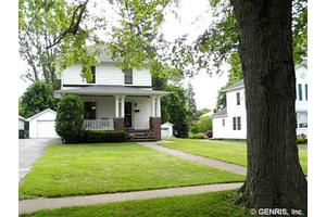 44 Center St, Waterloo, NY 13165