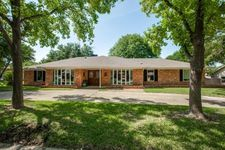 4232 Boca Bay Dr, Dallas, TX 75244