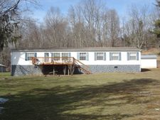 476 Clifftop Loop, Danese, WV 25831