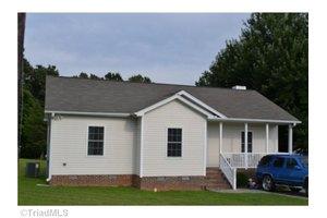 605 Shirley Ln, Greensboro, NC 27401