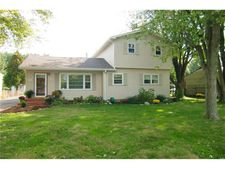 836 First Bomar St, Greenwood, IN 46142