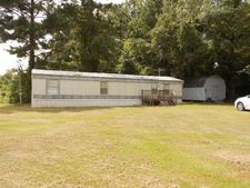 110 Vickie Dr, Vicksburg, MS 39183