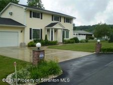 519 Hilltop Ln, South Abington Township, PA 18411
