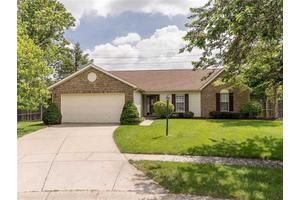 12587 Wolford Pl, Fishers, IN 46038