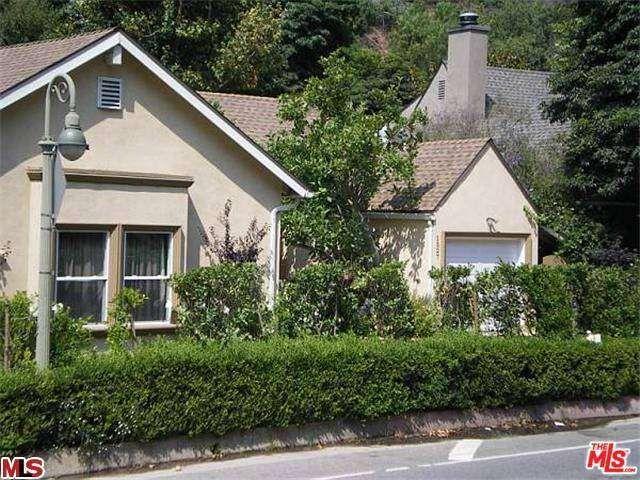 1527 Benedict Canyon Dr Beverly Hills Ca 90210 Realtor Com