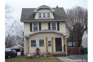 1504 Norton St, Rochester, NY 14621
