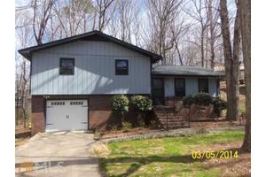 3070 Lake Ranch Dr, Gainesville, GA 30506