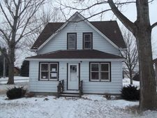 607 2Nd Ave Sw, West Bend, IA 50597