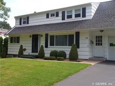 50 Helenwood Rd, Greece, NY 14616