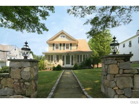 6 A Barry Ave, Ridgefield, CT 06877
