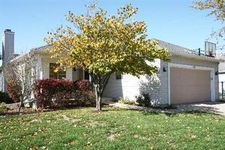 381 Meadows Dr, Sugar Grove, IL 60554
