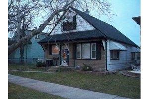 4829 S Lockwood Ave, Stickney, IL 60638