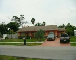 4548 Carthage Cir S, Lake Worth, FL 33463