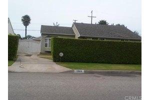 12819 Coldbrook Ave, Downey, CA 90242