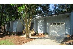 316 Ashebrook Dr, Raleigh, NC 27609