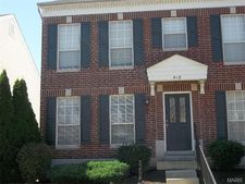 418 Parkview Place Dr, Ellisville, MO 63021
