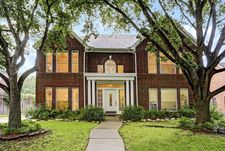 6123 Walkers Park Dr, Sugar Land, TX 77479