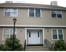 425 Main St Unit 8-B, Hudson, MA 01749