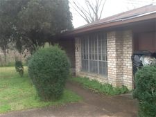 8046 Ne Jeffery St, Houston, TX 77028
