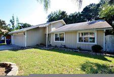 2173 Featherwood Dr E, Jacksonville, FL 32233
