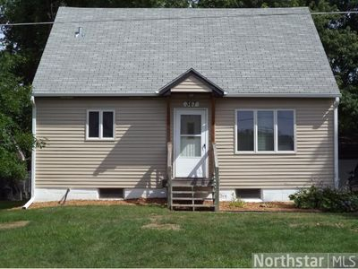367 1st Ave Nw, Forest Lake, MN