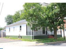 357 Main St, Tullytown, PA 19007