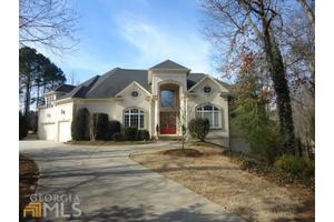 202 Riviera Ct, Mcdonough, GA 30253