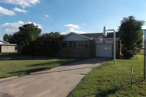 600 S Hoyne Ave, Fritch, TX 79036