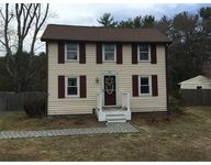 28 Jewett St, Georgetown, MA 01833