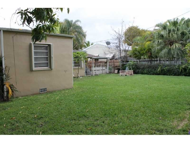 2489 sw 19th ter miami fl 33145 for 1621 w 19th terrace